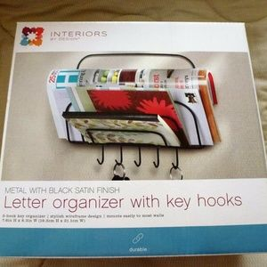 Letter Holder Wall Mount with Key Hooks NEW